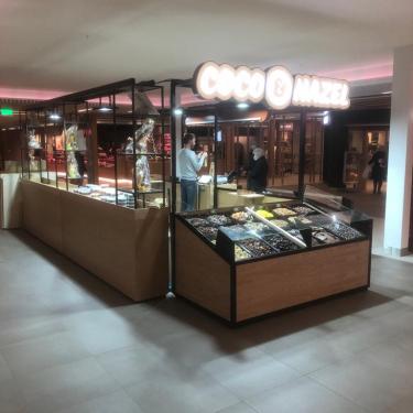 Coco & Hazel - Winkelcentrum Bisonspoor